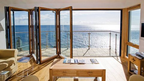 rumah minimalis dengan pintu yang manis - arsminimalis